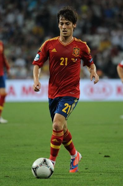 Datei:David Silva Euro 2012 vs France 02.jpg