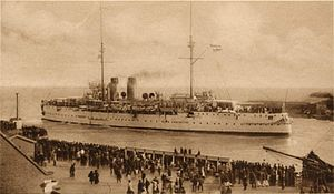 HNLMS De Zeven Provinciën (1909) - De Zeven Provinciën leaving the port of Den Helder for the Dutch East Indies.