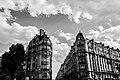 Debut de l'avenue de la Motte-Picquet dans le 7ème Arrondissement en Noir et Blanc.jpg