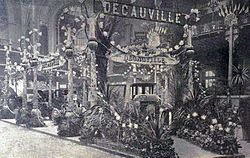Decauville au Salon de l'Automobile en 1901 (La Vie au Grand Air du 22 décembre 1901).jpg