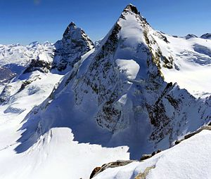 Dent d'Hérens - The Matterhorn (left) and the Dent d'Hérens (right) from the west side