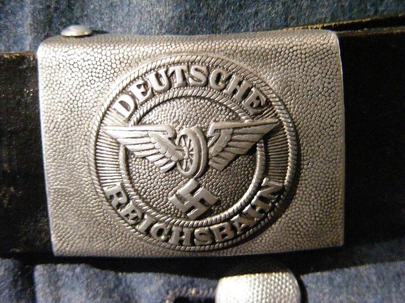 File:Deutsche Reichsbahn (Nazi-Deutschland) - Koppelschloss.JPG