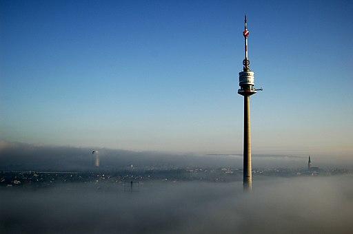 Donauturm Nebel