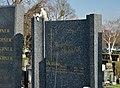 Doppelt traurig, grave Chvatik at Friedhof Hietzing 01.jpg