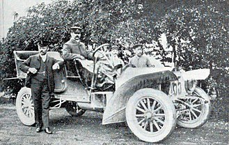 August Horch - 1906 Horch, which Dr. Rudolf Stoess drove to victory in the Herkomer Trial.