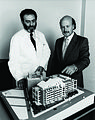 Dr Les Lazarus and Professor Shine Garvan at the Garvan Institute.jpg
