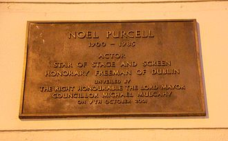Noel Purcell (actor) - Plaque in Noel Purcell Walk in Dublin, Ireland