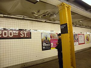 Dyckman Street (IND Eighth Avenue Line) - Northbound platform