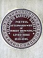 ELIZABETH BARRETT BARRETT POETESS AFTERWARDS WIFE OF ROBERT BROWNING LIVED HERE 1838-1846.jpg