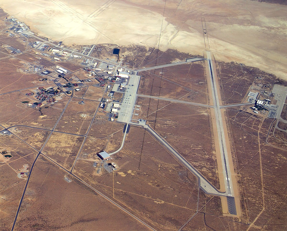 Risultati immagini per Edwards Air Force Base