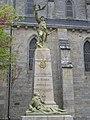 Elven - monument aux morts.JPG