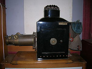 Opaque projector - An episcope which was used in a University of Cambridge lecture hall in the late 1800s