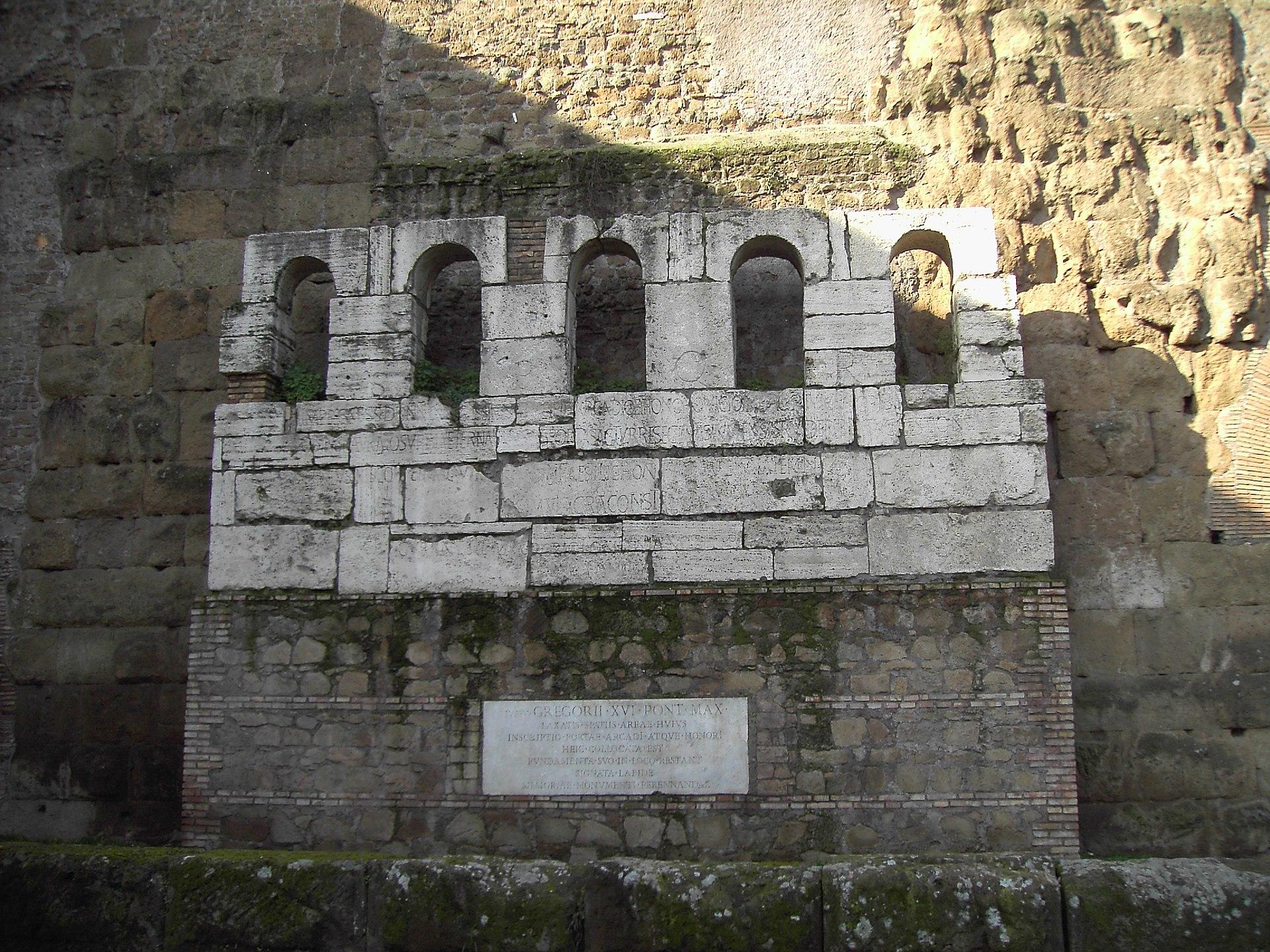 Macrobio longiniano wikipedia for La porta media
