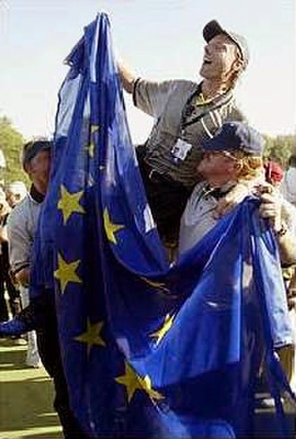 Symbols of the European Union - A triumphant European team at the Ryder Cup golf competition of 2006.