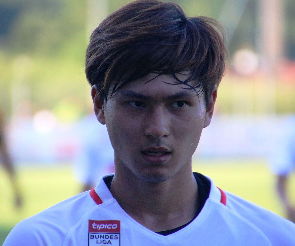 Takumi Minamino - Wikipedia