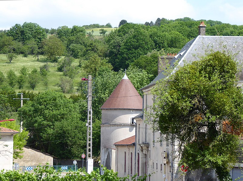 Tour médiévale à Faulx en Meurthe-et-Moselle (France).