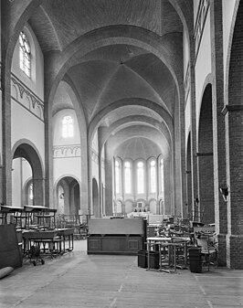 Fellenoordkerk wikipedia for Interieur eindhoven