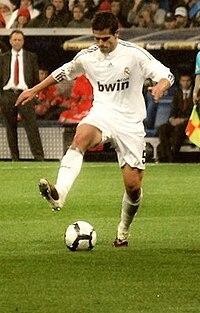 Fernando Gago 2010 Athletic Bilbao.jpg