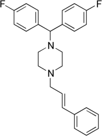 Strukturformel von Flunarizin