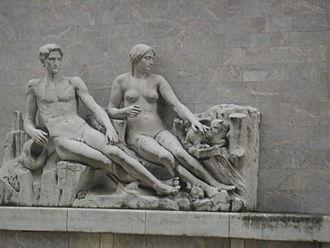 Palazzina Reale di Santa Maria Novella - Statuary of Arno and its Valley