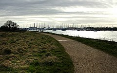 Footpath, Warsash - geograph.org.uk - 709654.jpg