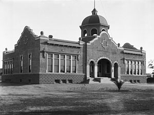Anaheim, California - Anaheim High School, c. 1900