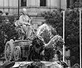 Fuente de Cibeles (Madrid) 14.jpg