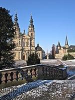 Fulda 2013 - Dom und Michaelskirche.jpg