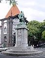 Funchal statue Zarco.jpg