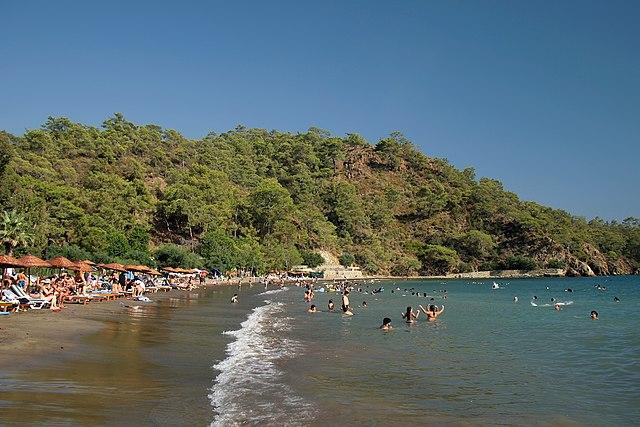 Günlüklü Beach