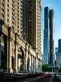 Gehry & Manhattan (27517968597).jpg