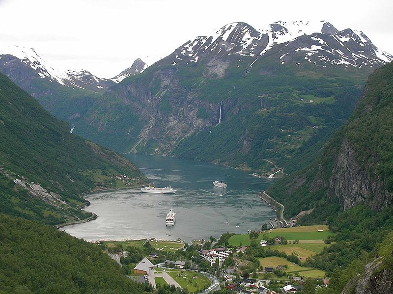Fil:Geirangerfjord.jpg