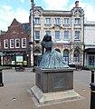 George Elliot statue, Nuneaton, 6.19.jpg
