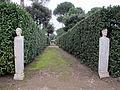 Giardini di villa medici, vialetti 02,2.JPG