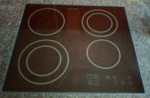 Glass-ceramic - A glass-ceramic cooktop