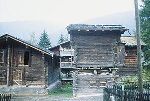 Reckingen-Gluringen - A barn in Gluringen