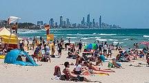Queensland-Tourism-Gold Coast summer, Burleigh Heads Beach