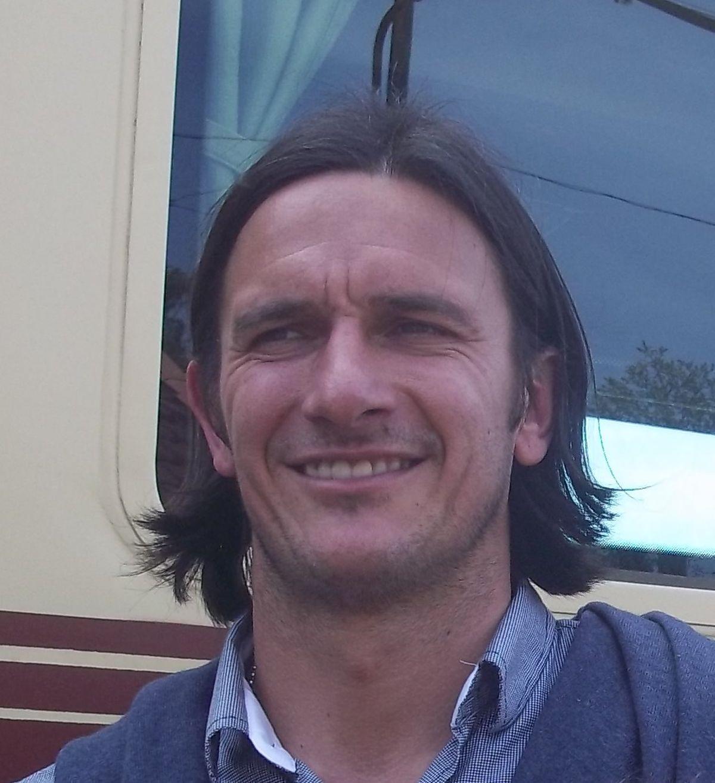 Gonzalo de los Santos - Wikipedia