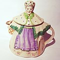 Granny Ann Teapot with Gilt Trim.JPG