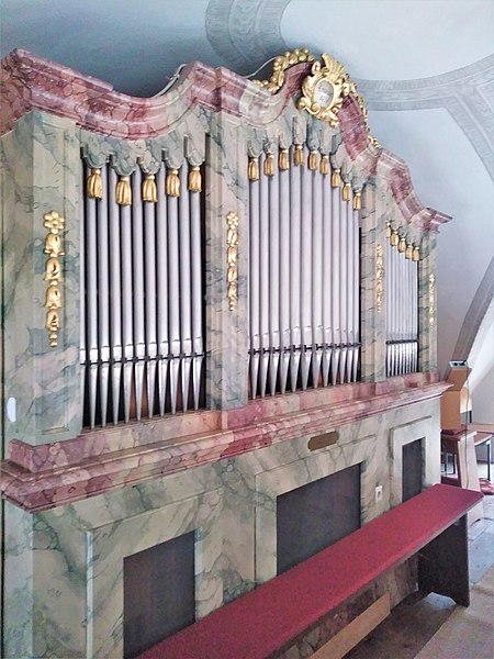 Datei:Grasbrunn, St. Ulrich (Schuster-Orgel) (12).jpg