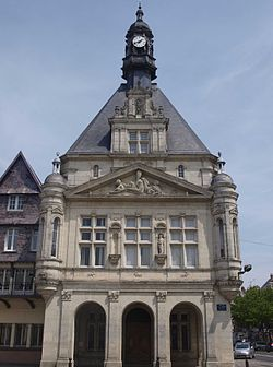 Hôtel Ville Péronne.jpg
