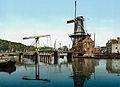 Haarlem - Catharine brug en molen 1900.jpg