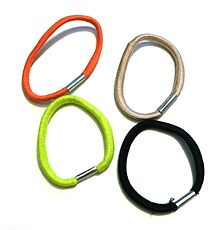 Hair tie - Wikipedia 052b748bd23