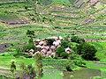 Hameau, lac Itasy, Madagascar (26004235331).jpg