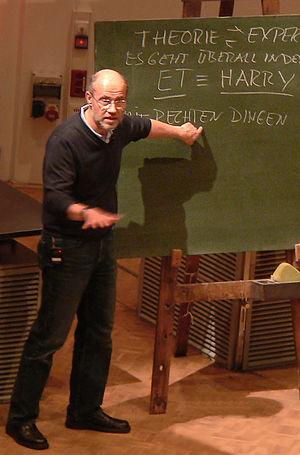 Harald Lesch - Lesch during a public lecture in 2010