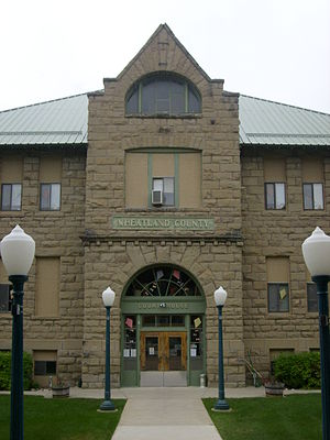 Wheatland County Courthouse in Harlowton