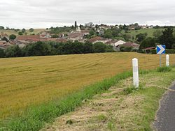 Haussonville (M-et-M) vue du village.jpg