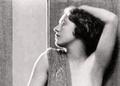 Hellé Nice 1920s partial photo nude.png