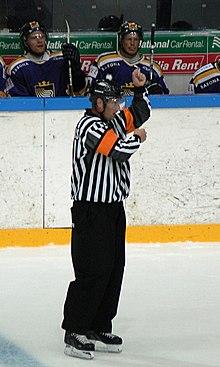 hockey fighting tips
