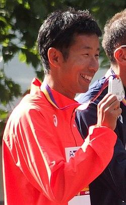 Hirooki Arai Médaillés du 50 km marche (36180448400) (cropped).jpg